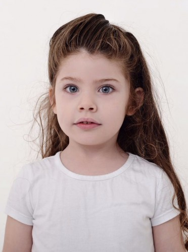 models_in_uae Carolina
