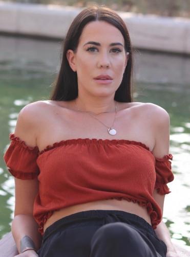 top_model_dubai Robyn