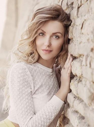 models_in_uae Daria